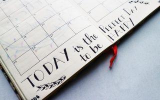 Calendar with quote. Budget calendar how to